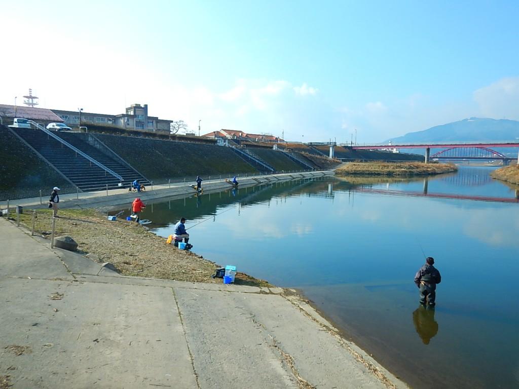 ハエ釣り専用区様子